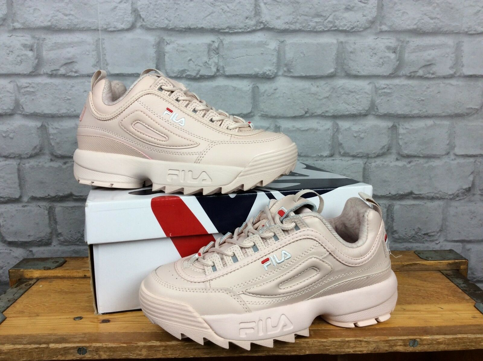 FILA LADIES UK 4 EU 37 1 2 DISRUPTOR II PALE PINK LEATHER CHUNKY TRAINERS