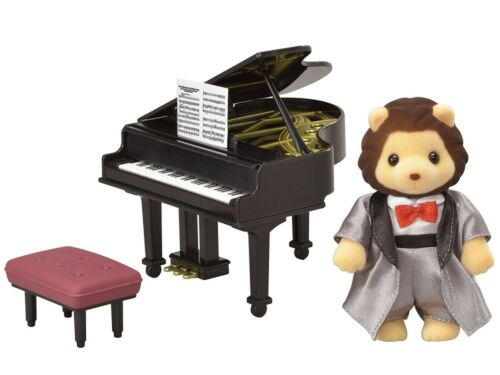 Grand piano Epoch Sylvanian Families Town Series city of concert set