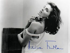 OFFICIAL WEBSITE Mira Furlan BABYLON 5 Glamour Photo 8x10 AUTOGRAPHED