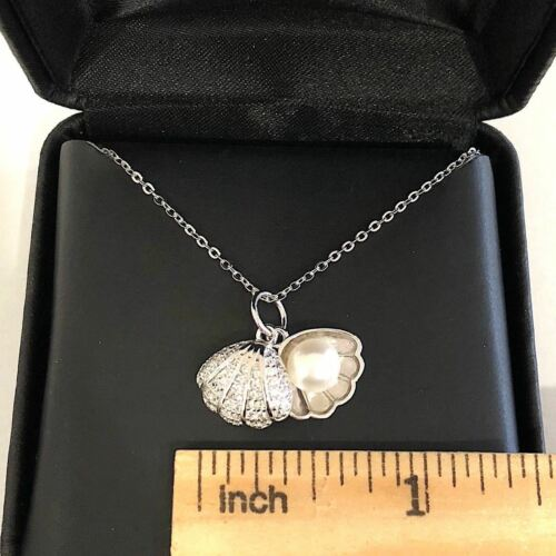 Carved 6mm White Akoya Pearl with Shell Charm Pendant Necklace Jewelry