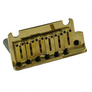 Fender Musical Instruments Corporation Fender American Strat Tremolo Gold (0992050000)