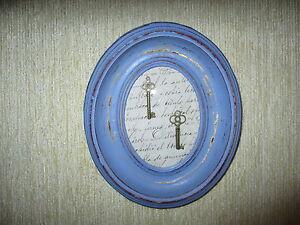 Cadre-Ancienne-Restauree-Decore-avec-Cles-Restored-Old-Frame-Decoree