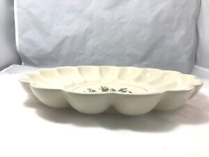 Vintage-Clay-Designs-034-Happy-Things-034-Deviled-Egg-Serving-Dish