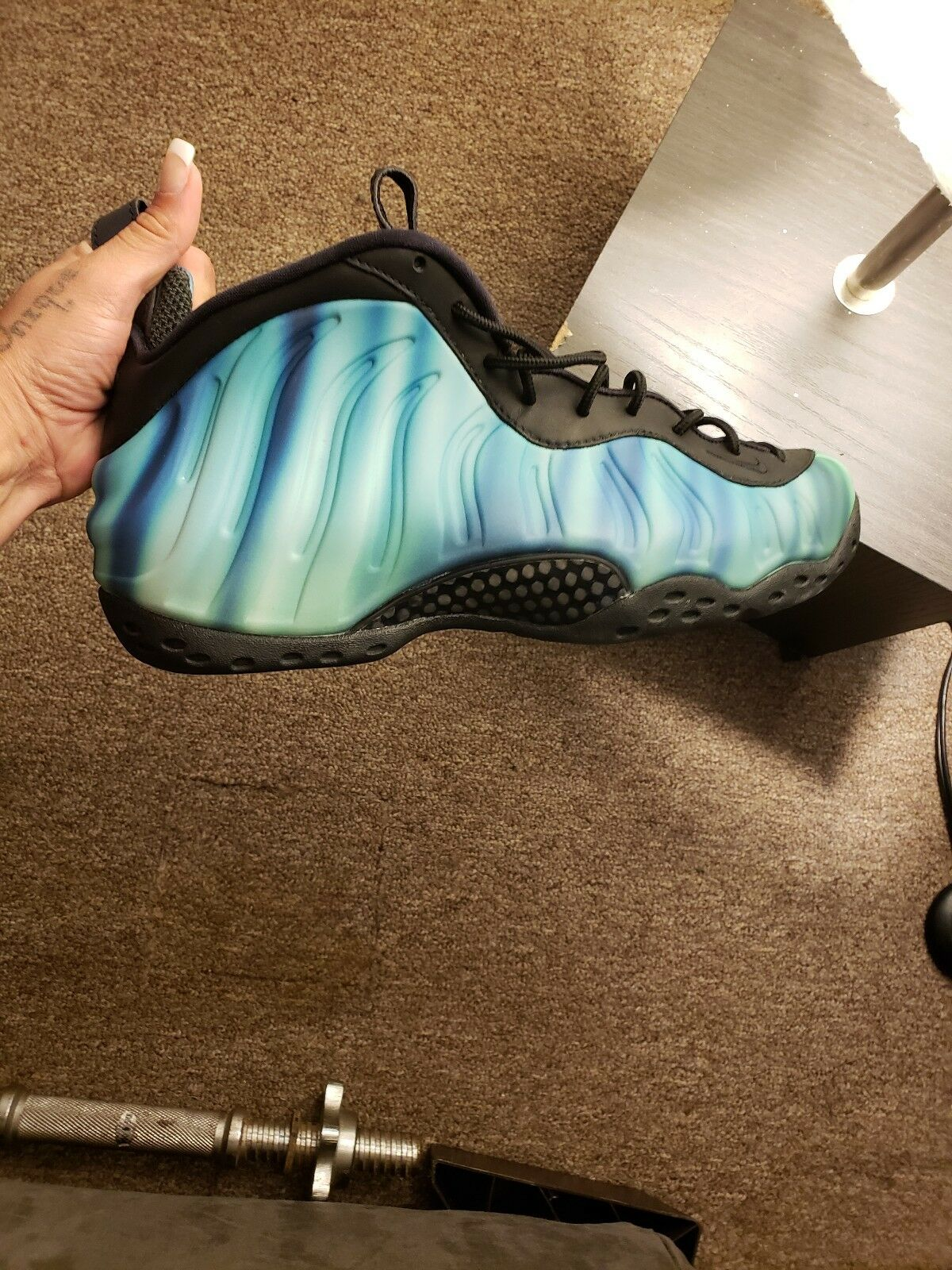 Mens Northern light Foams size 10