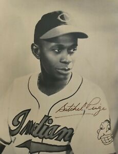 Satchel-Paige-8x10-Signed-Photo-Autographed-Indians-HOF-REPRINT