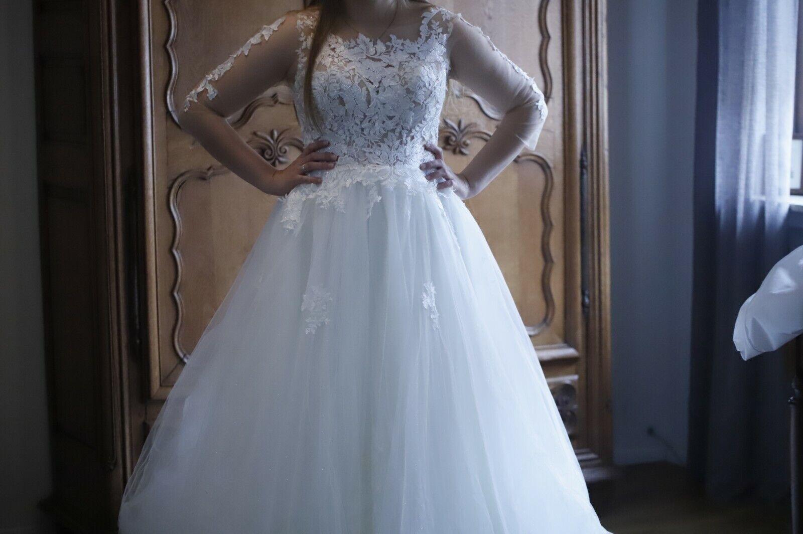Ungetragen! Ungekürzt! Brautkleid Gr. 40 - Braut Moden Landau