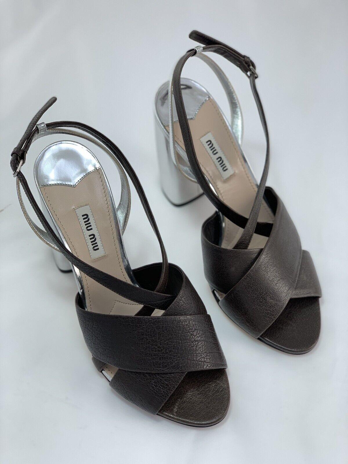 Miu Miu (Prada) High Heel Leather  Marronee argento scarpe - Dimensione UK 6   EU 40  basso prezzo del 40%