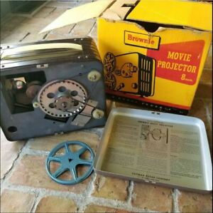 VTG-KODAK-BROWNIE-8mm-F-1-6-LENS-NO-188-MOVIE-PROJECTOR-WITH-ORIGINAL-BOX-1950