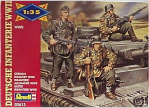 Revell Germany 1:35 German Infantry WWII Figures NIB