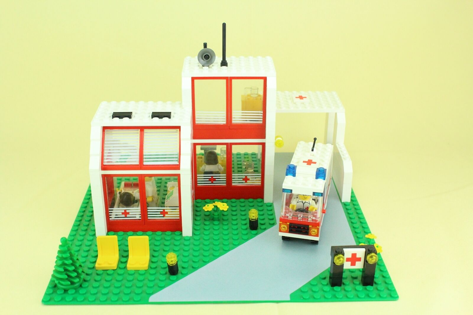 LEGO ® 6380 town Classic-Emergency treatment Center