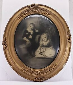 Vintage-ornate-oval-wood-gesso-picture-frame-with-bubble-glass-Pickworth-As-Is