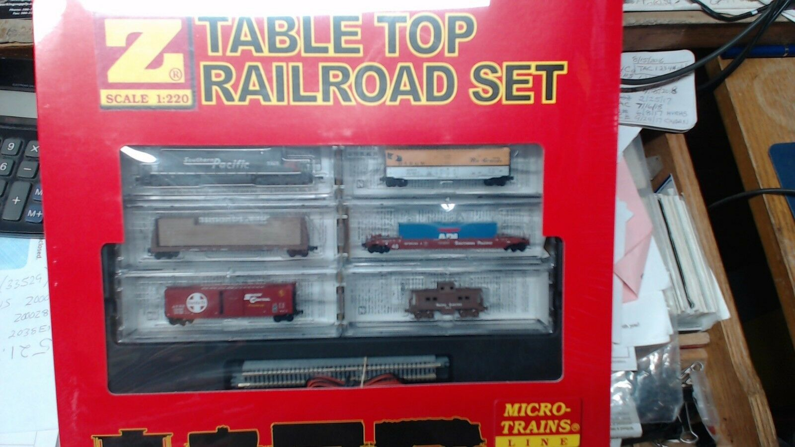 MTL Micro Trains Z escala Southern Pacific SD-40 conjunto de mesa 99403700