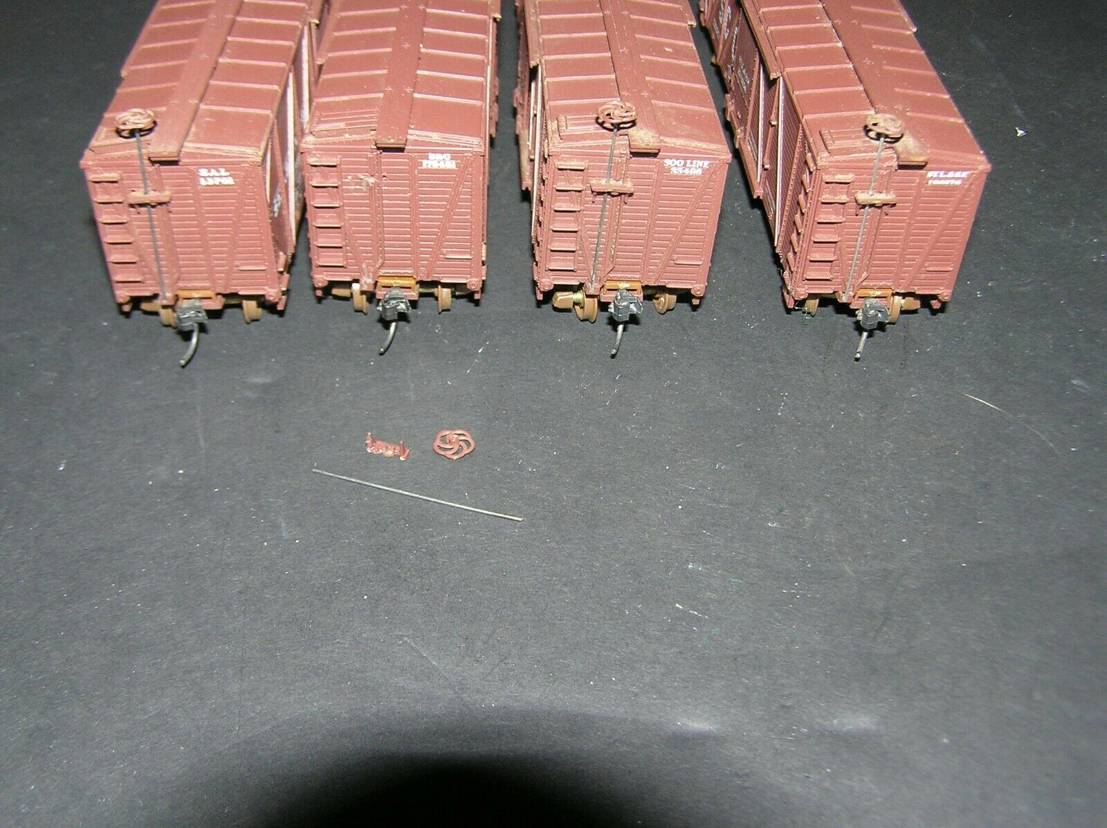 Walthers 4 HO 40' vagoni, Soo linee, Baltimore & Ohio, COSTA & SAN FRANCISCO