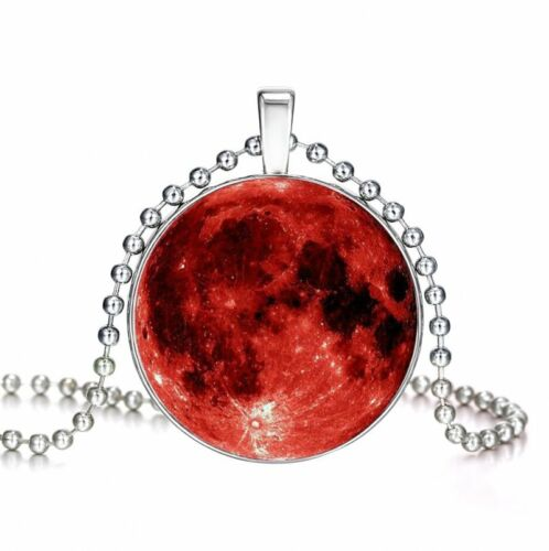 Fashion Glow In The Dark Moon Galaxy Planet Glass Cabochon Pendant Necklace Gift