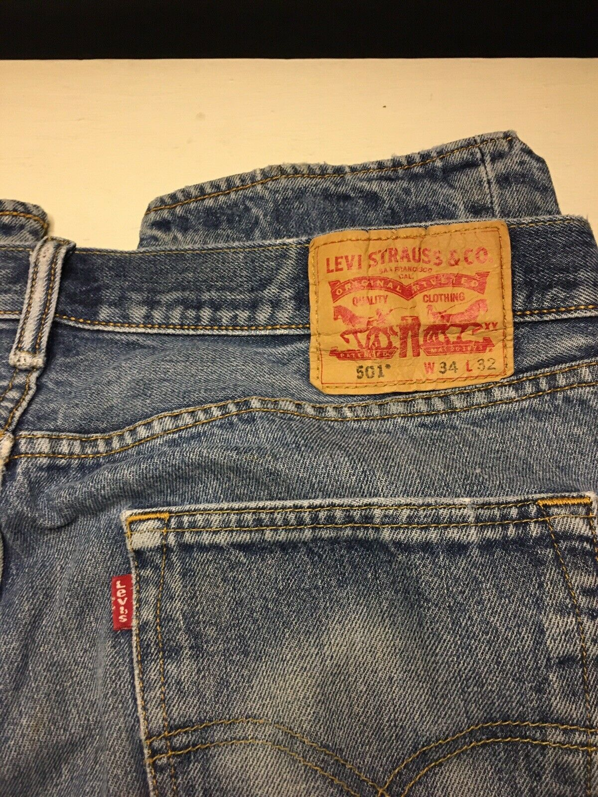 Levis 501 Mens Jeans 34x32 Distressed Work Jeans … - image 8