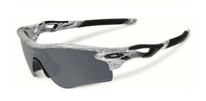 e4f23984ac Image is loading NEW-Oakley-Radarlock-Path-Fingerprint-White-Clear-Black-