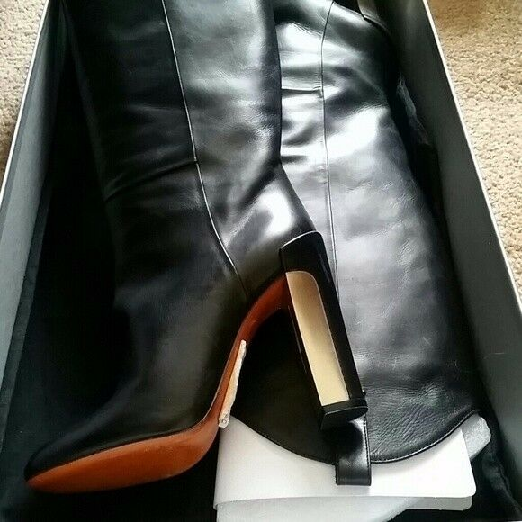 B Brian Atwood metallic deco heel boot New