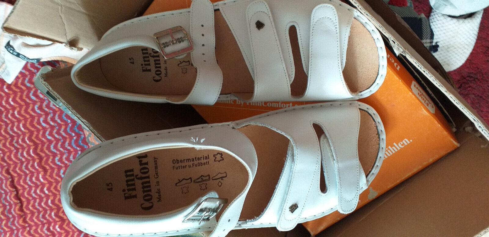 Finn Comfort Größe 45 Sandale mit Klettverschluss Farbe weiß NEU