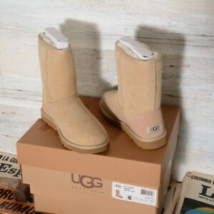 Stivali e stivaletti da donna beige UGG Australia | Acquisti