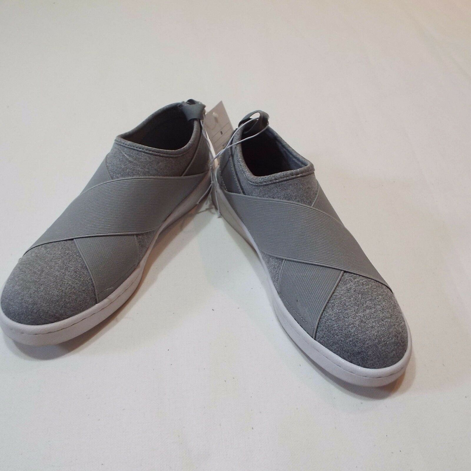 Women gray fabric casual slip on shoes 8 by Mossimo free ship