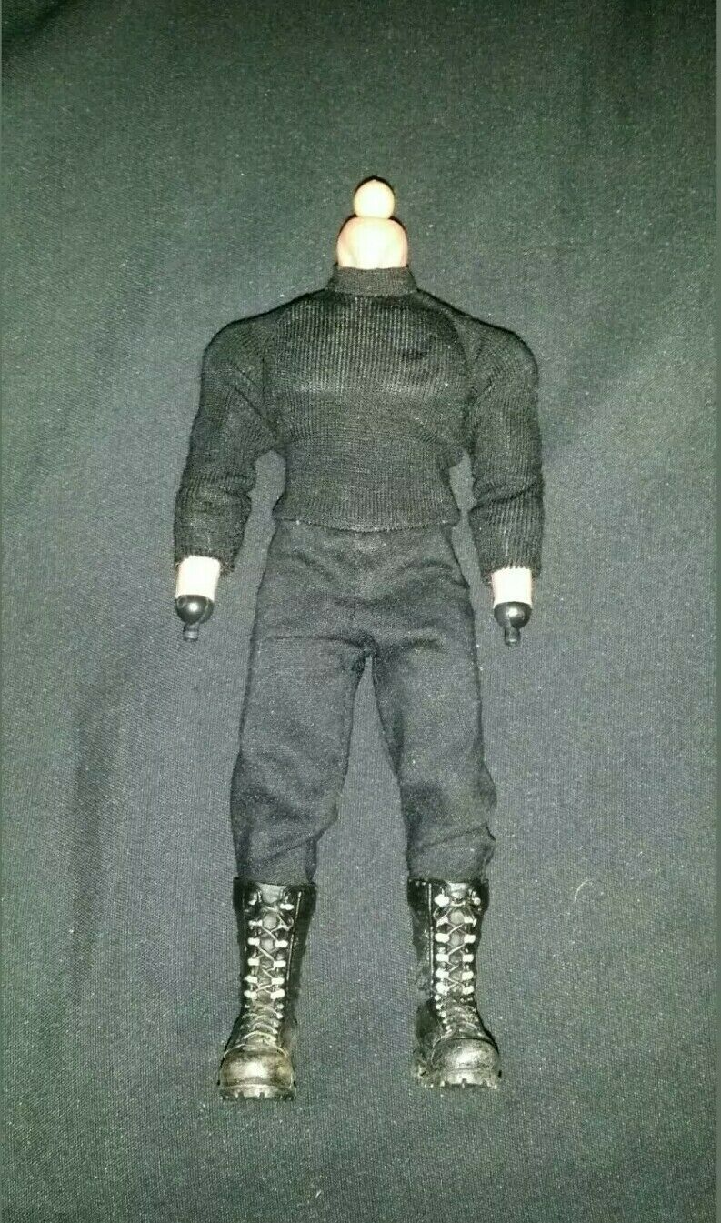 Mezco One 12 Punisher corpo SOLO USA SELER Autentico Frank Castle Warzone