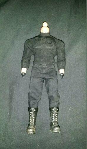 Mezco One 12 Punisher Body Only USA vendeur authentique Frank Castle Warzone