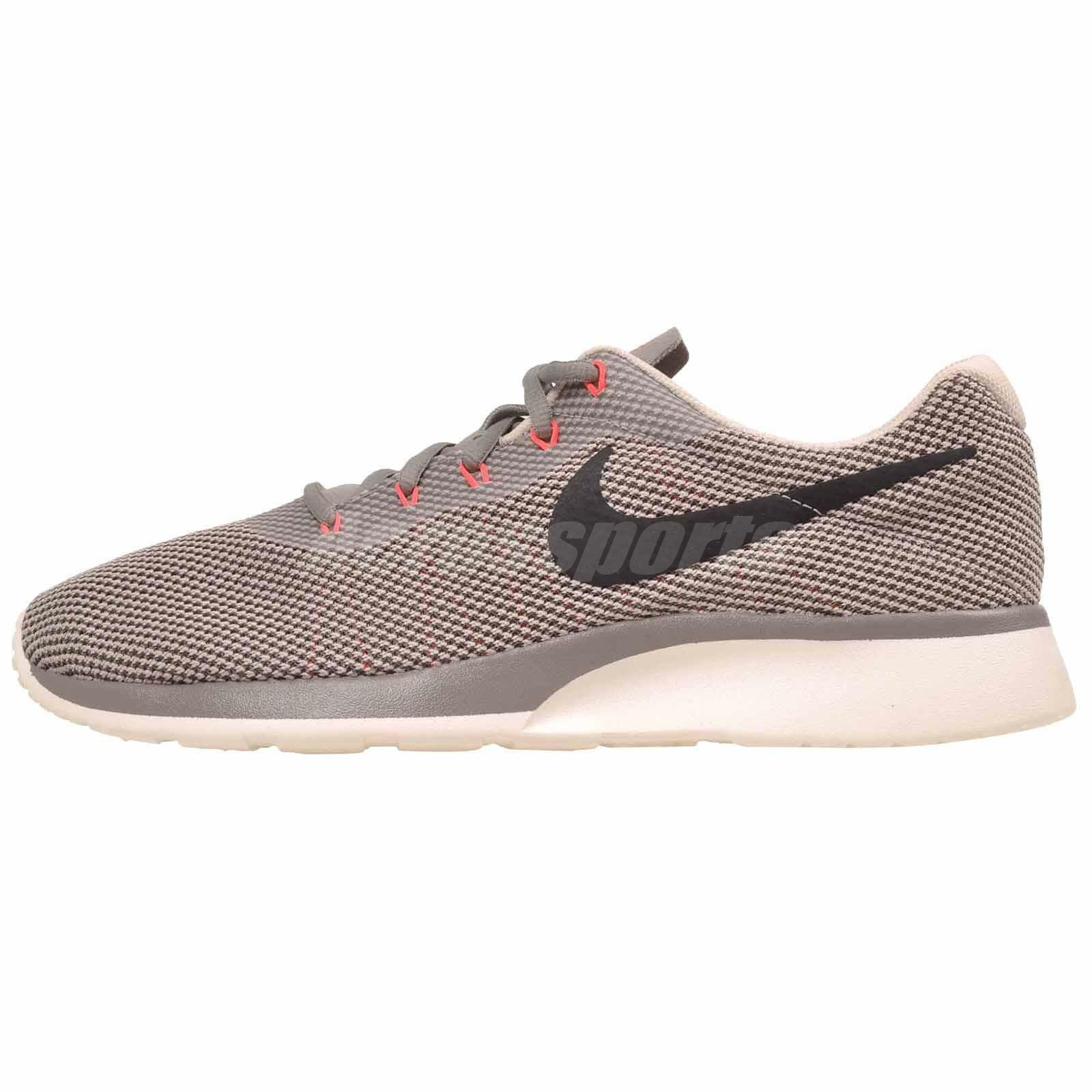 Nike Shoes Tanjun Racer Running Uomo Shoes Nike Dust Cobblestone 921669-003 8b3c73