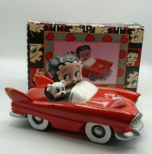 Vintage-Vandor-Betty-Boop-amp-Pudgy-in-Red-Convertible-Sports-Car-Snack-Dish-1995