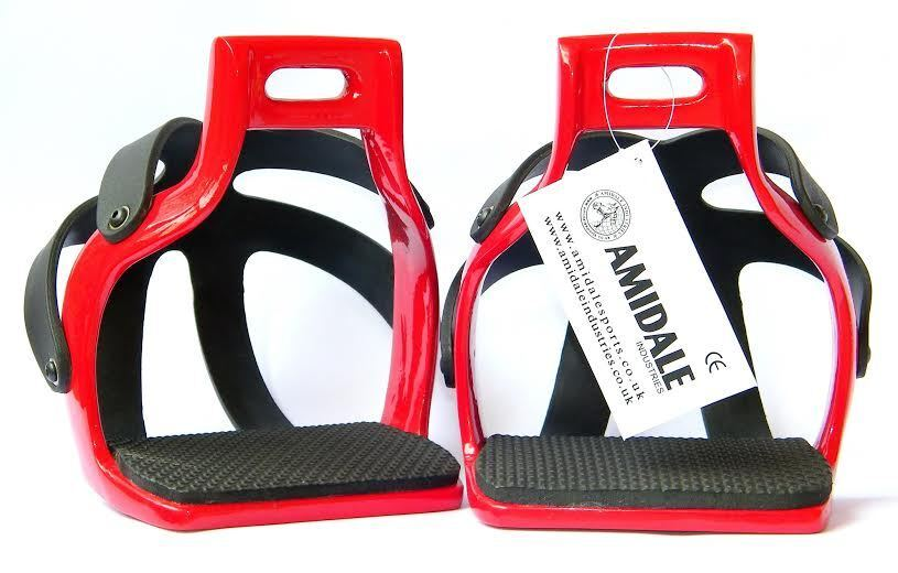ALUMINIUM ENDURANCE FLEX RIDE CAGED SAFETY HORSE STIRRUPS RED 4.00 AMIDALE