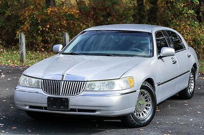 Lincoln : Town Car Cartier L