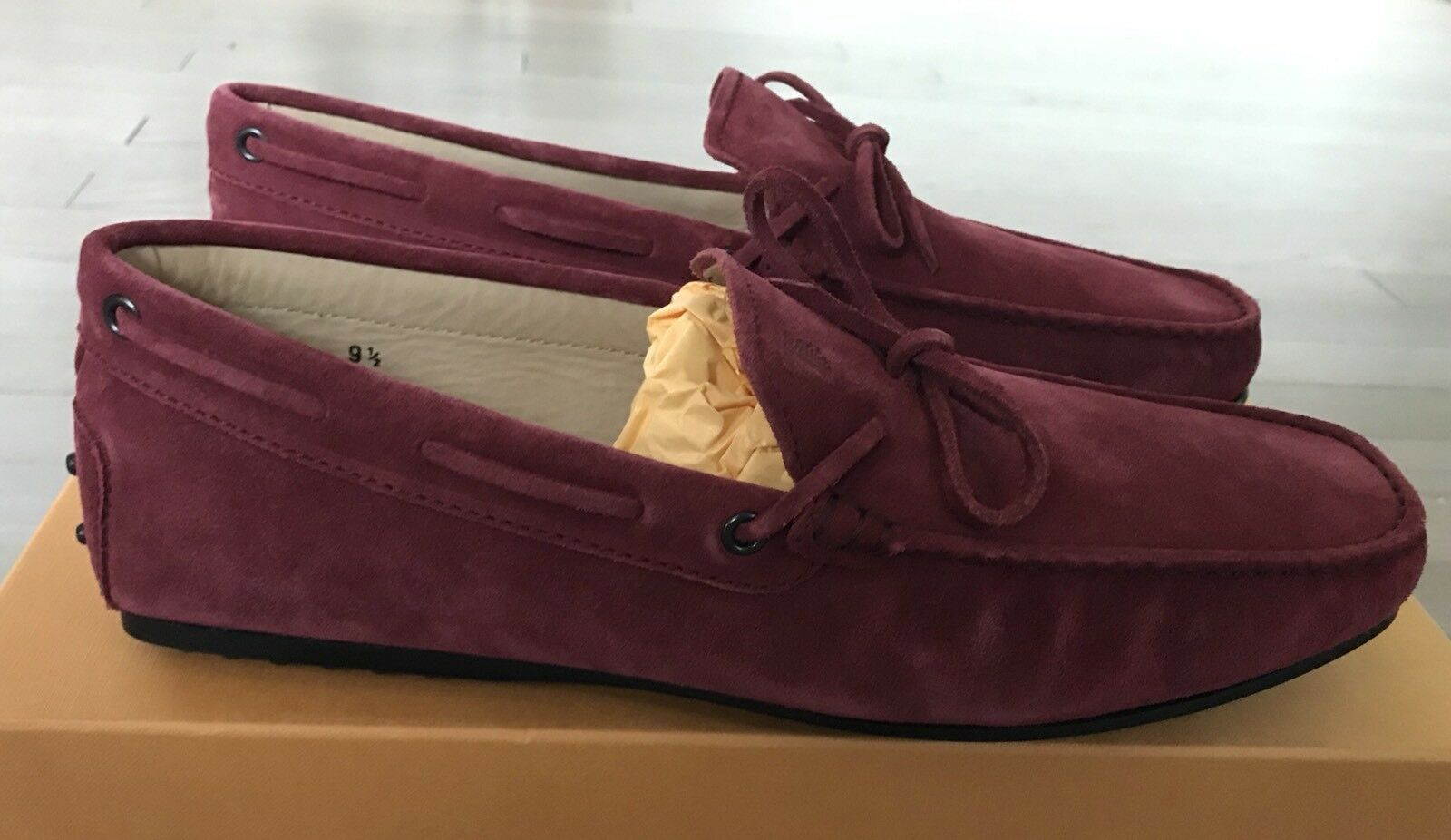 550  Tod's Cherry Laccetto Gommino City Suede Drivers Made Size US 10 Made Drivers In Italy 6c5117
