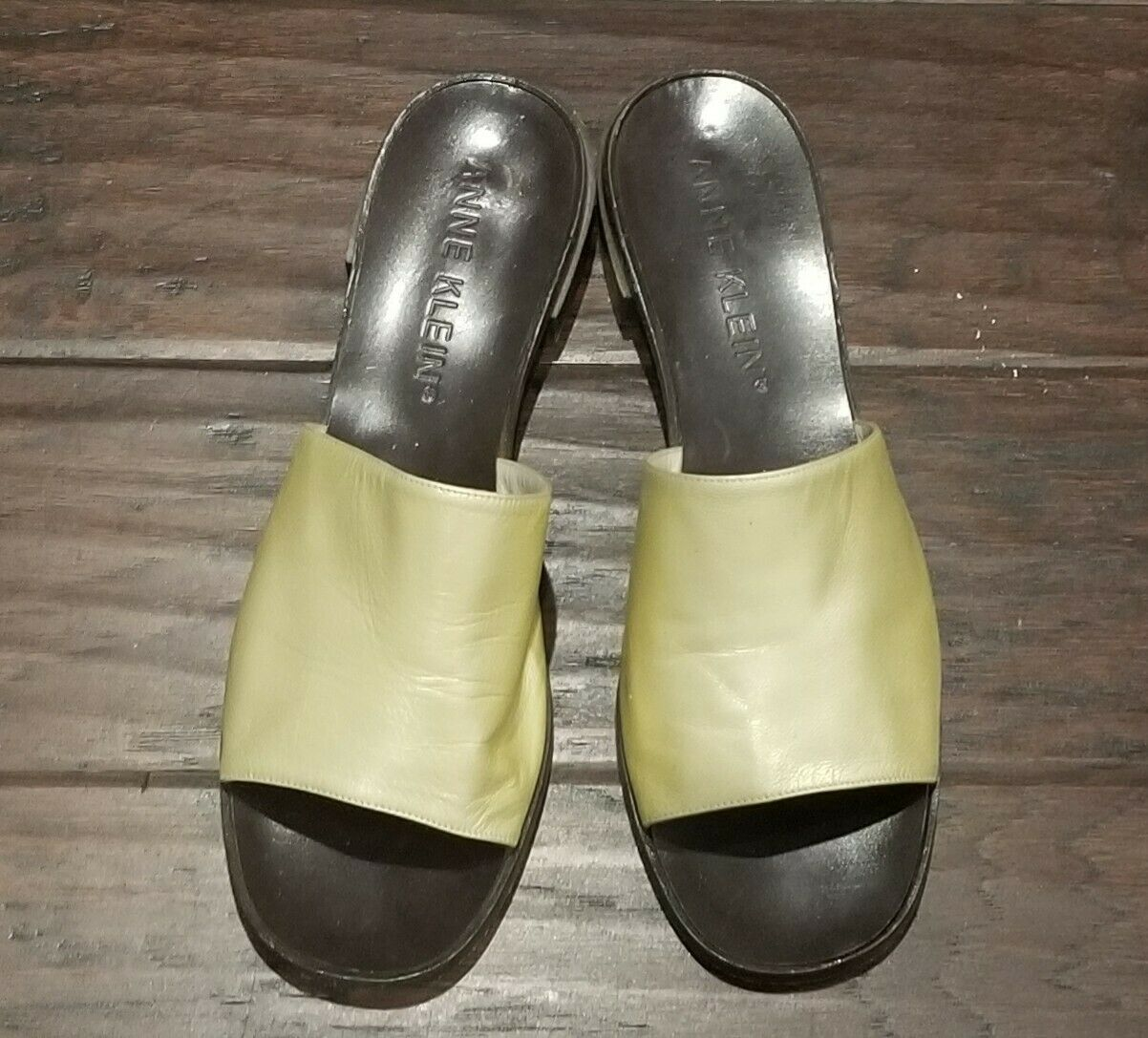 Anne Klein New York Brown and Gold Leather Slip On Mules Sandals Italy Sz 9.5