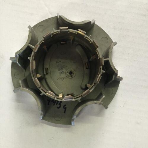 """Single OEM1995 1996 Lexus ES Gold Center Caps to fit 15/"""" rim 8114 74139 one 1"""