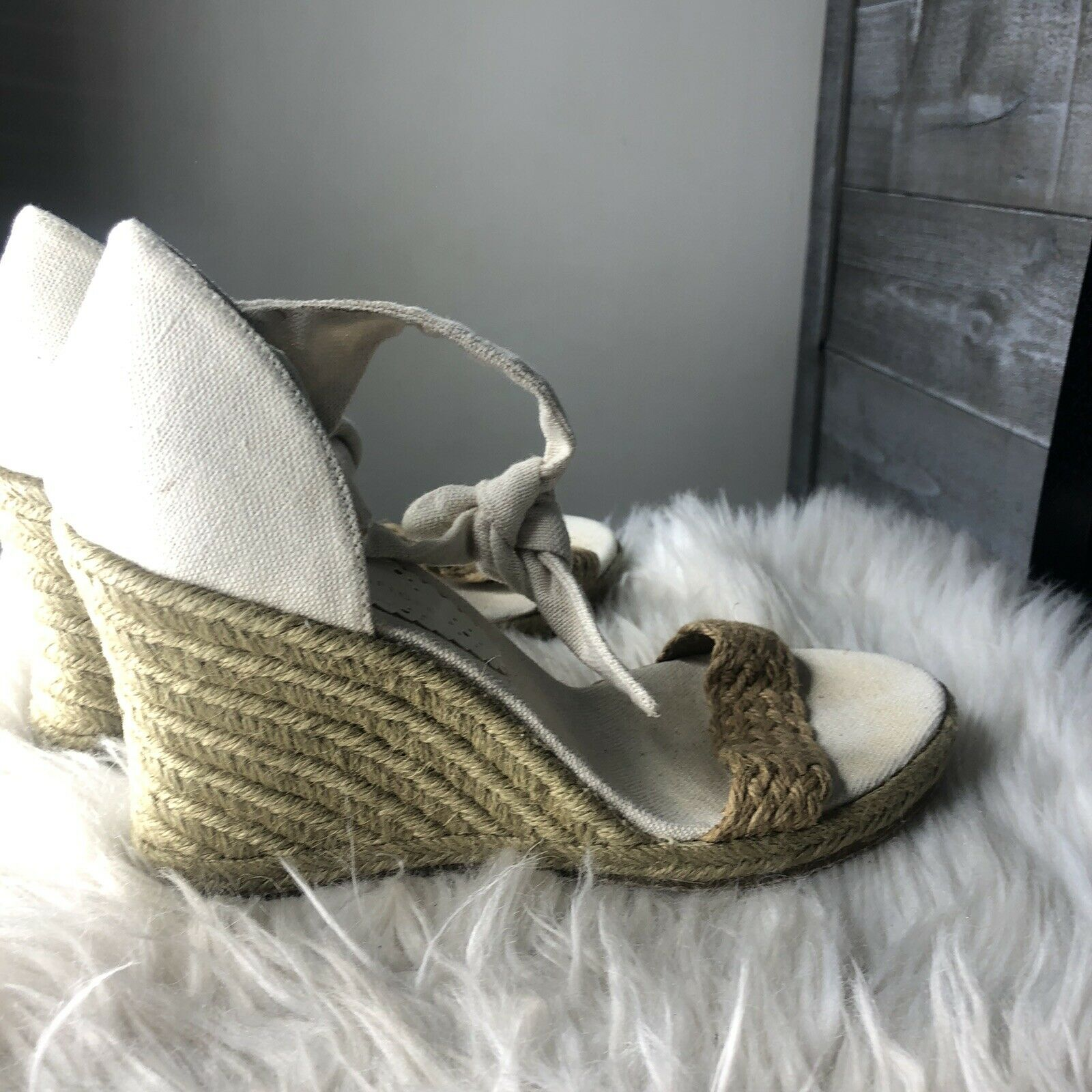 Tommy Hilfiger Womens 8.5 Espadrille Bow Wedges  - image 4