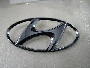 HYUNDAI Genuine 86300-2W010 Emblem