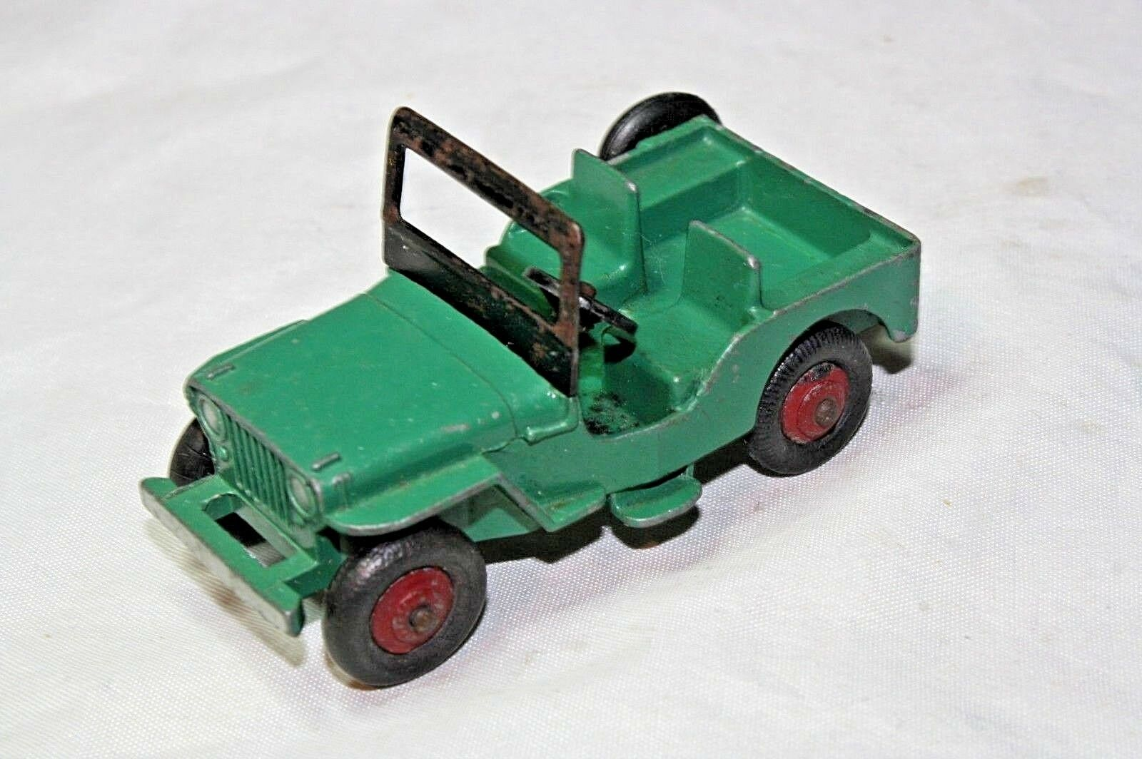 Dinky 25y Universal Jeep, Good Condition, Scarce Green Maroon Hubs
