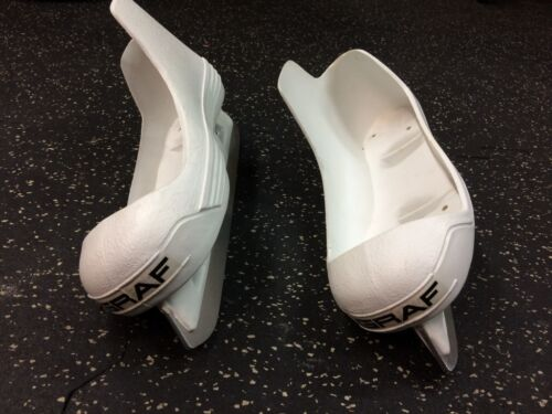Graf Pro Goalie skates cowling replacement blades steels runners size 6