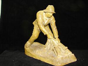 Jolie-ancienne-statue-pecheur-terre-cuite-Goldsheider