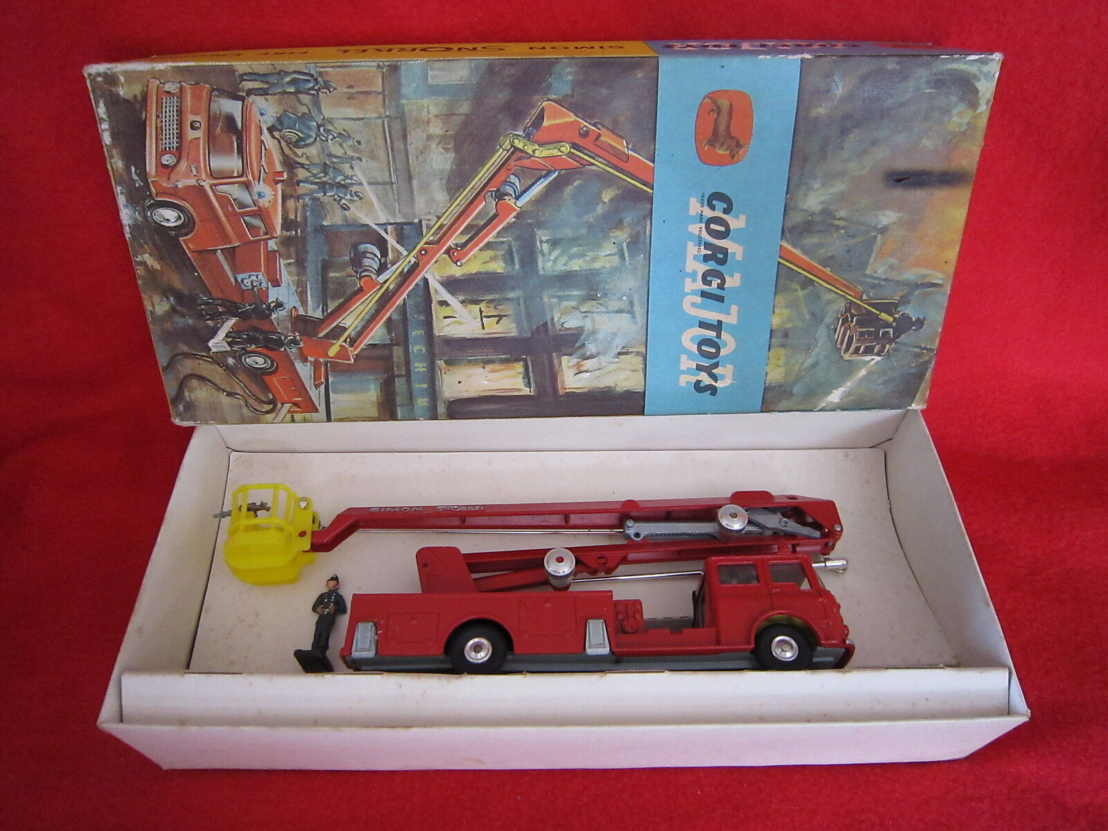 AB532 CORGI TOYS MAJOR GB SIMON SNORKEL FIRE ENGINE Ref 1127 TRES BON ETAT BOITE