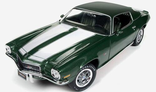 1970 Camaro verde 1 18 Auto World 1095