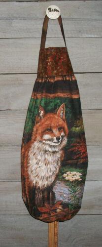 Red Fox /& Kits Grapes Raspberries Plastic Grocery Bag Rag Sock Holder Organizer