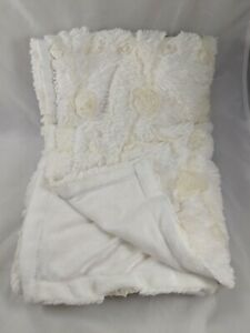 Cream-Plush-Rosettes-Baby-Blanket-About-30-034-x-40-034-Newborn-Photography