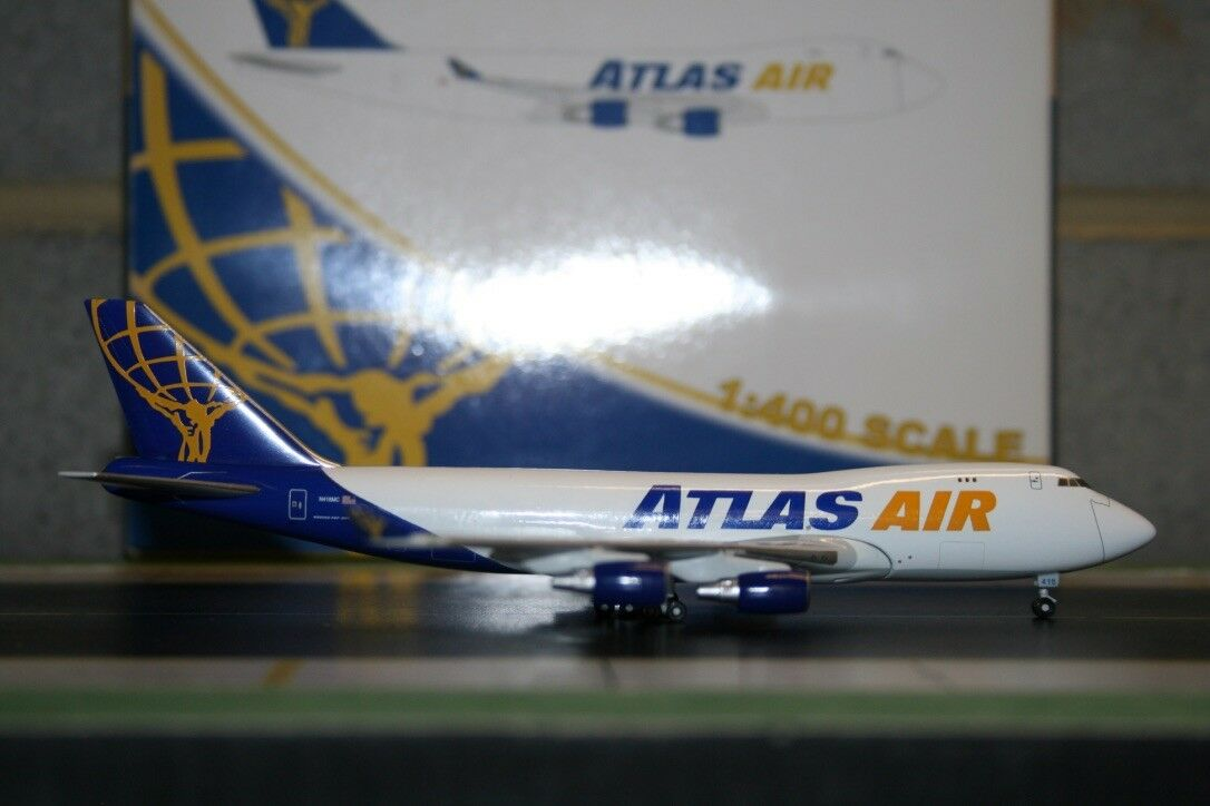 Gemini Jets 1 400 Atlas Air Boeing 747-400F N418MC (GJGTL397) Die-Cast Model