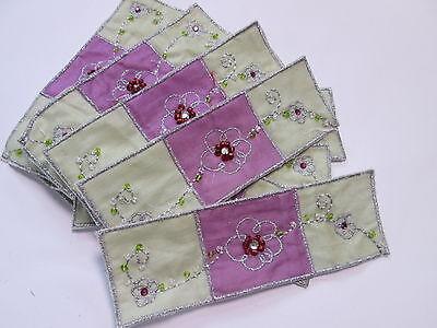 10 X Verde Viola Fiore Paillettes Ricamato Banner Card Making Motivi # 13e124- Pacchetti Alla Moda E Attraenti