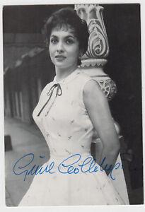 Gina-Lollobrigida-Originalautogramm-auf-alter-Star-Postkarte
