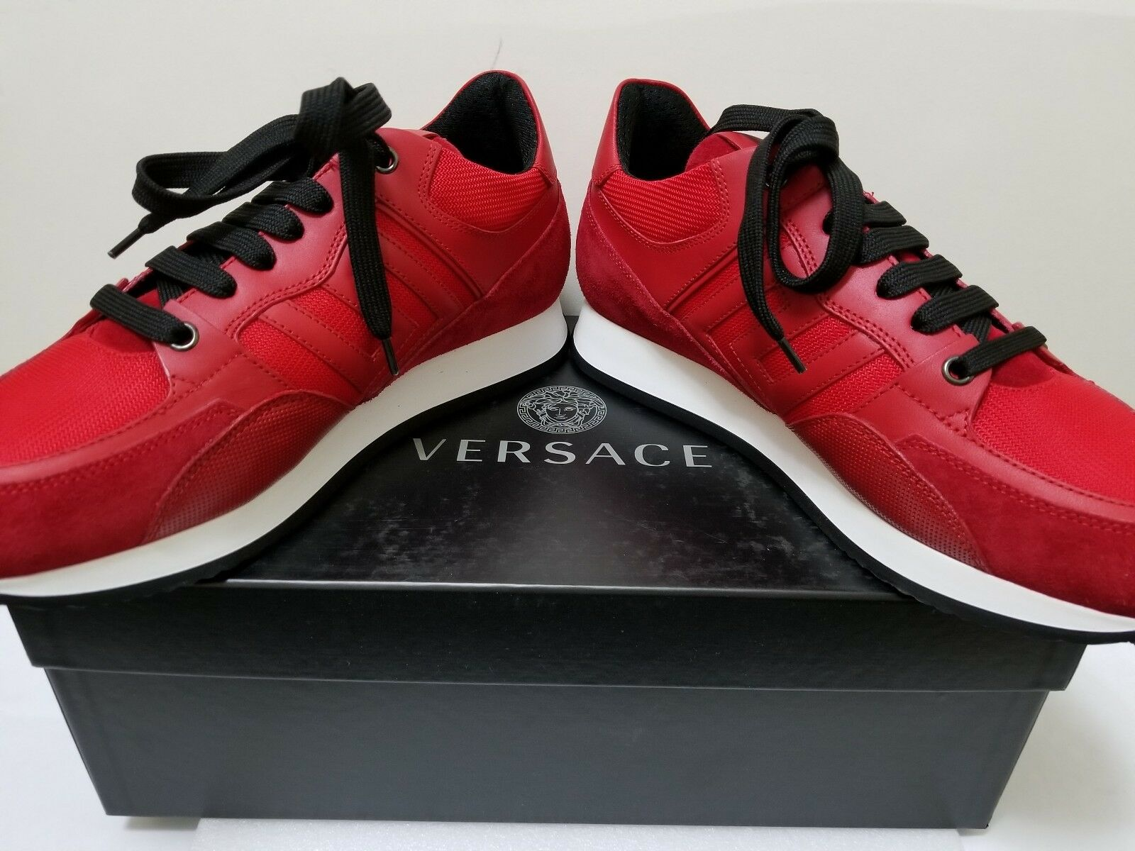 Versace Men Greek Key Running Contrast Low-Top SNEAKER Size   US 7