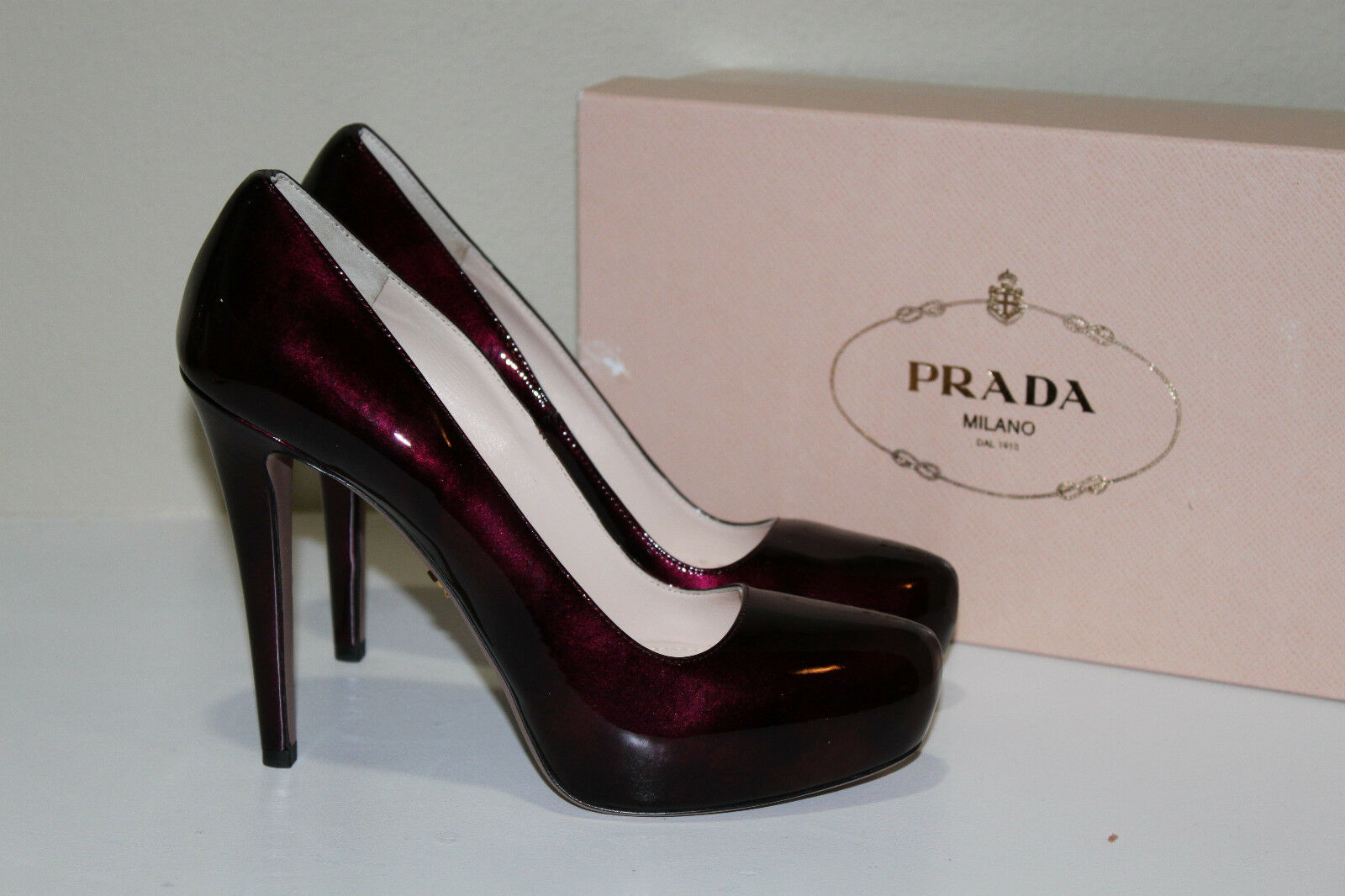 Prada 9.5 / 39.5 Light Burgundy Patent Leather Platform Classic Pump Heel Shoes