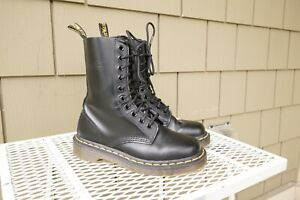 dr marten 1490 leather 10 eye combat boot black lace up