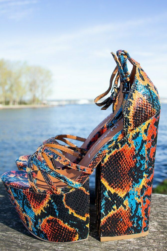 NWB Sexy JEFFREY CAMPBELL For Real SNAKESKIN Disco PLATFORM HEELS Wedge 7