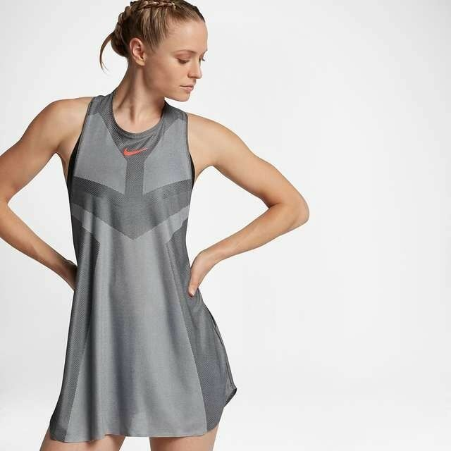 Ladies NIKE COURT Dry Slam  TENNIS Dress dri Fit Size Medium 834883-073